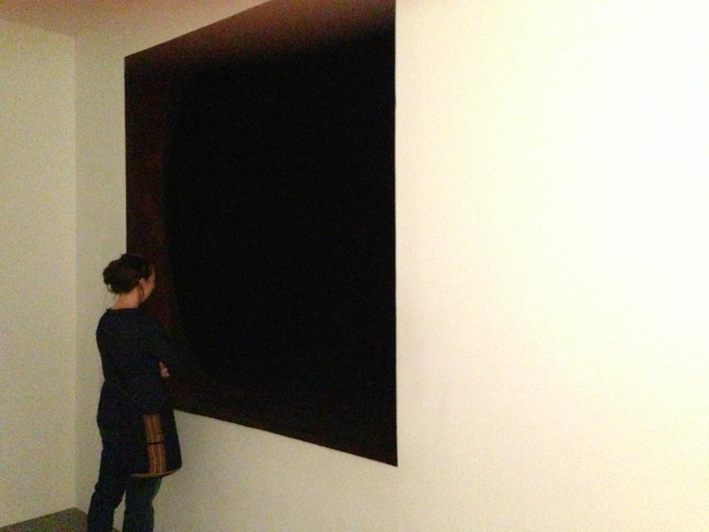 Confinements / Déconfinements : représentations artistiques. Kapoor13