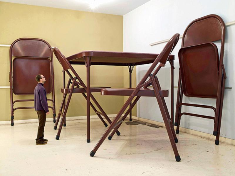 Le motif de la chaise dans l'art Robert11