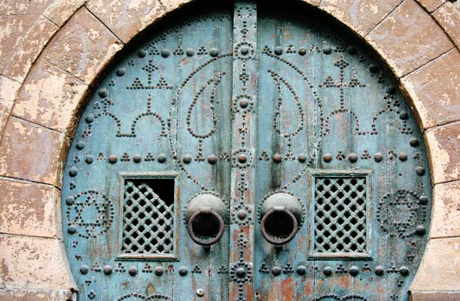 Le clou - Page 4 Tunis_11