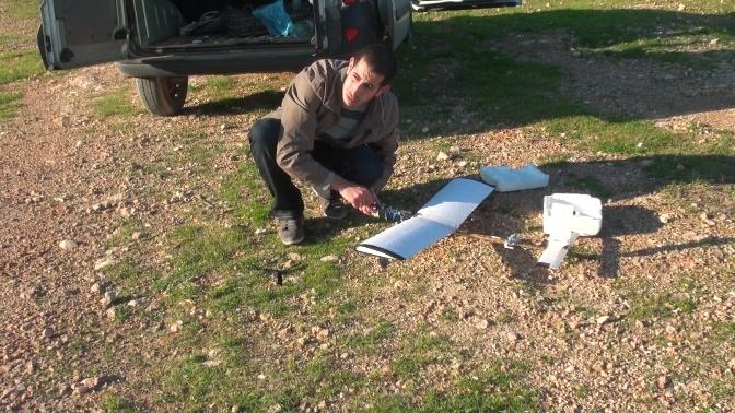 Dessiner, calculer et construire ton propre avion RC - Page 4 Rc_bir10