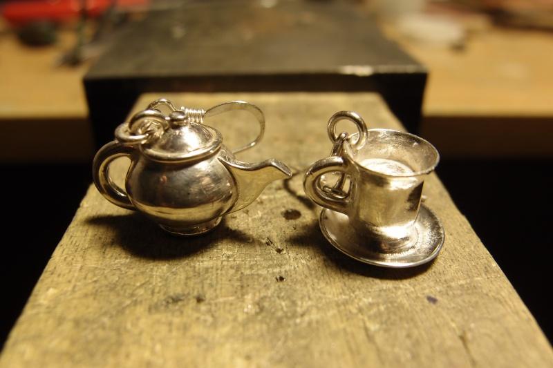 Boucles d'oreilles Tasse et Théière Pc132210