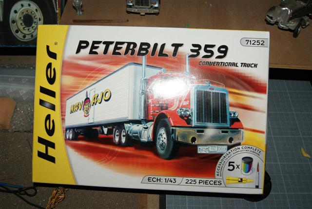 Question sujet maquettes américan truck heller  Coffre14