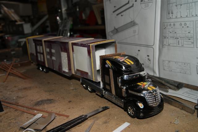 Présentation de ma nouvelle réalisation caravane de forain. Raa_en87