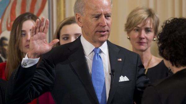 Joe Biden sworn in Biden_10