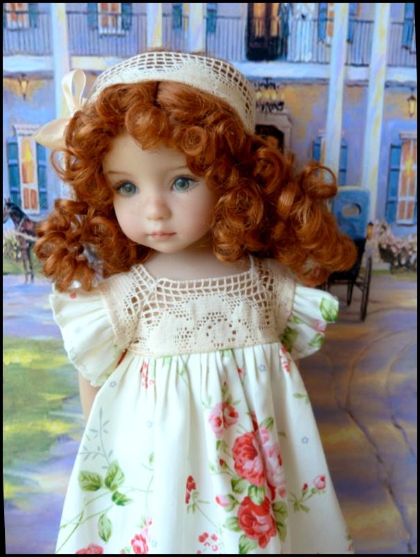 """Mes """"princesses  et leur maison de poupées  Robes blanches P3 P1700011"""