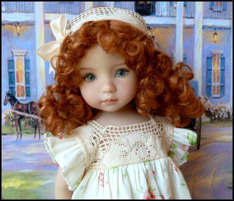 """Mes """"princesses  et leur maison de poupées  Robes blanches P3 P1700015"""