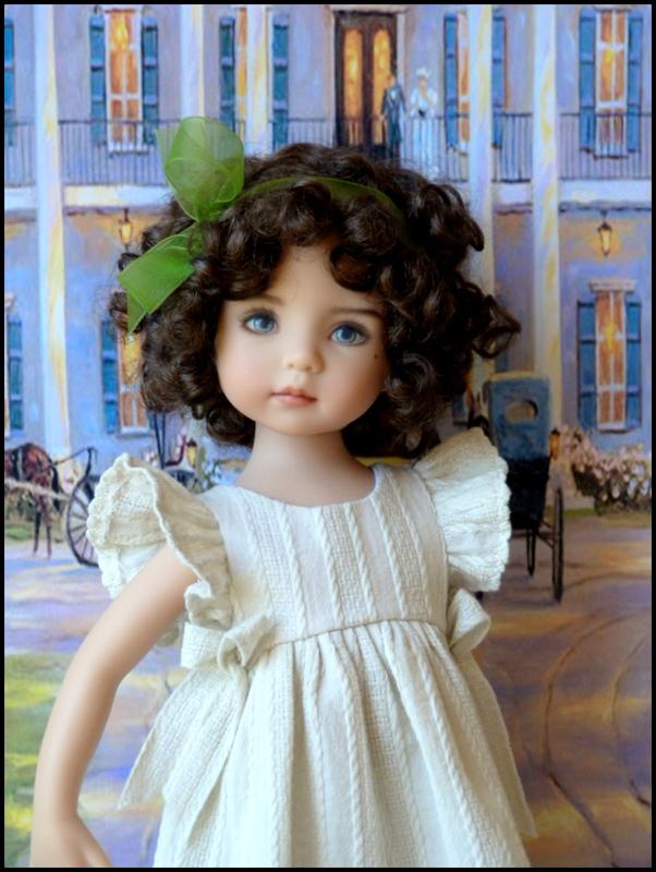 """Mes """"princesses  et leur maison de poupées  Robes blanches P3 P1700019"""