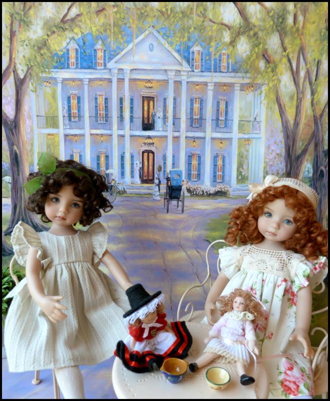 """Mes """"princesses  et leur maison de poupées  Robes blanches P3 P1700025"""