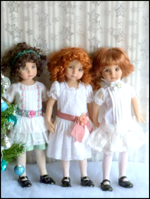 """Mes """"princesses  et leur maison de poupées  Robes blanches P3 - Page 3 P1730727"""