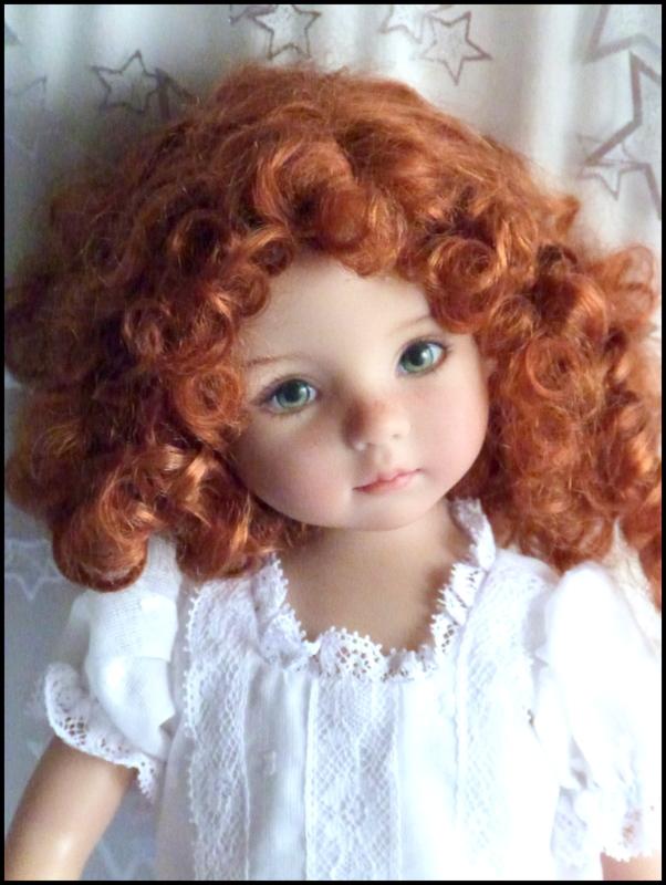 """Mes """"princesses  et leur maison de poupées  Robes blanches P3 - Page 3 P1730819"""