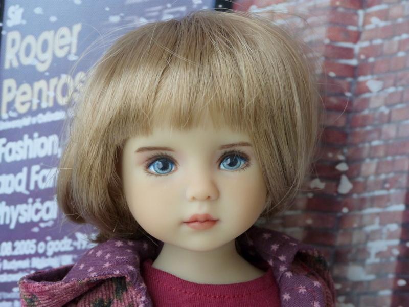 Violette,la petite nouvelle en 2 versions P1790224