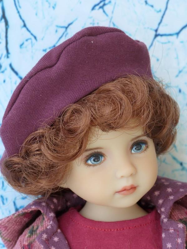 Violette,la petite nouvelle en 2 versions P1790310