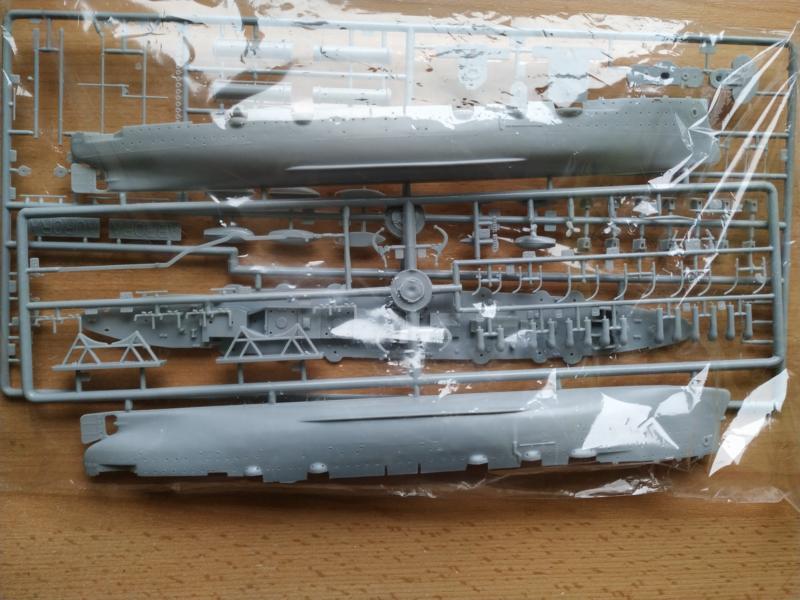 Kreuzer Aurora in 1/400 Ark Models 310