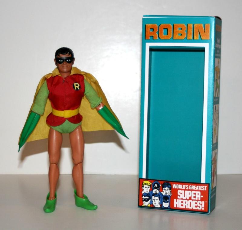 SCHEDA DI:Robin mego Batman11