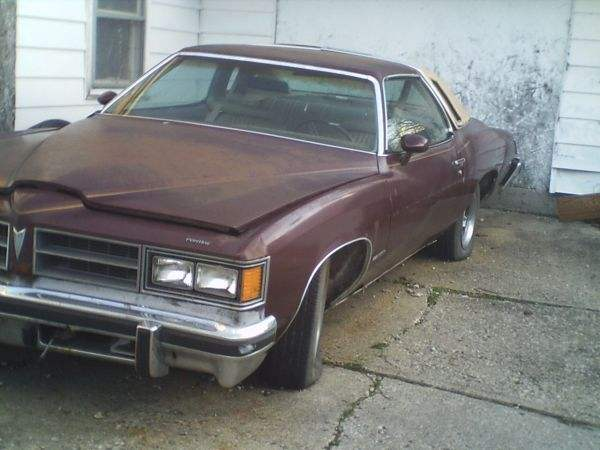 76 Pontiac Lemans for only $900 in Indy 76_pon10