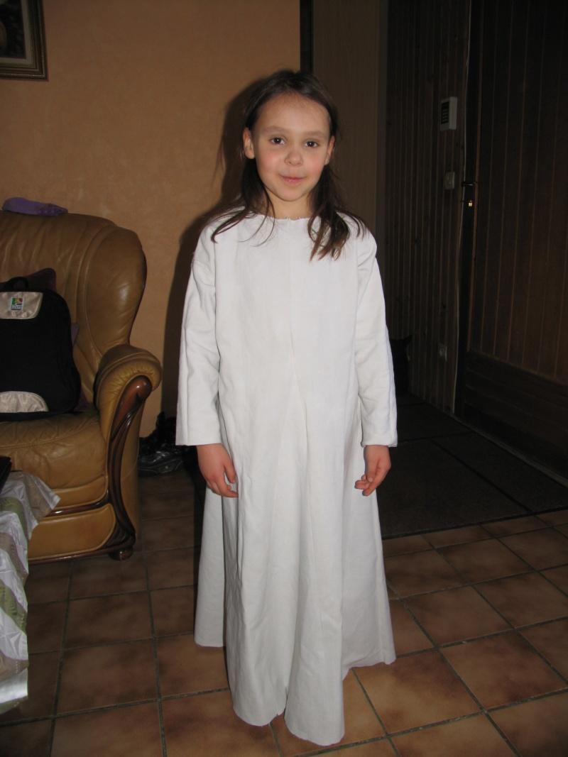 Costume enfant inspiration début XIIIème Img_5219