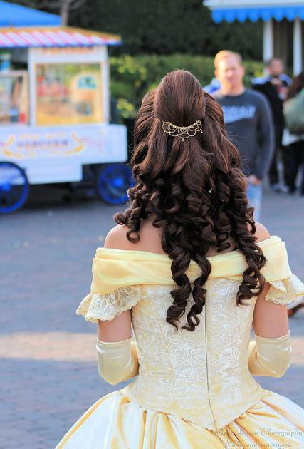 Nouvelles robes pour les princesses? - Page 4 Belle310