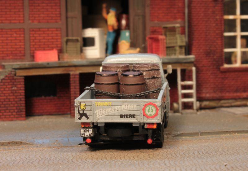 B 1000 Pritschenwagen Barkas11