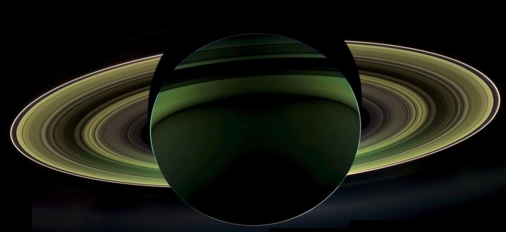 Vue spectaculaire des anneaux de Saturne par Cassini 1210