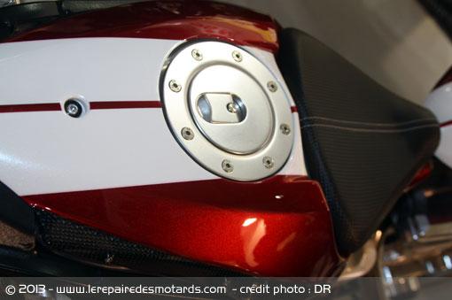 Essai de l'Avinton Race par Le Repaire des Motards Janvier 2013 Avinto22