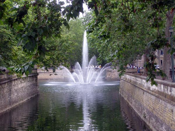 Projets de fontaines. Jardin10
