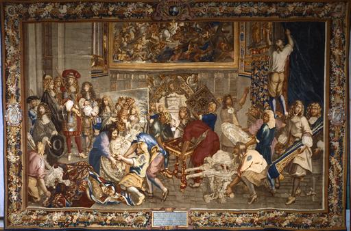 La salle des tapisseries...et des armures. P_autr12