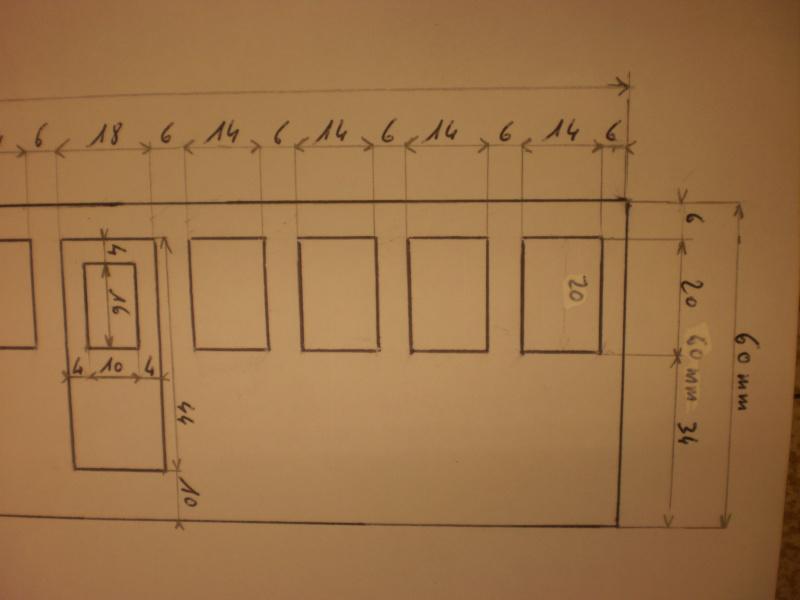 chantier naval de poisy(haute savoie):construction du belem au 1/37e - Page 2 P1310013