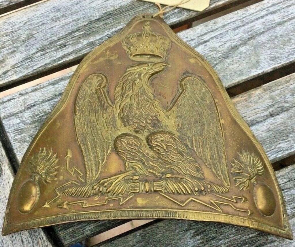 Plaque d'ourson de grenadier de la Garde Imperiale Premier Empire  ( avis ) 20190616