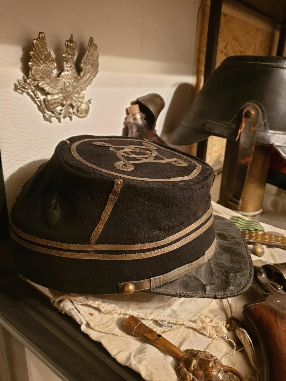 L'allégorie par excellence du terrible prussien : Casque à pointe modèle 1860.  Kzopi_12