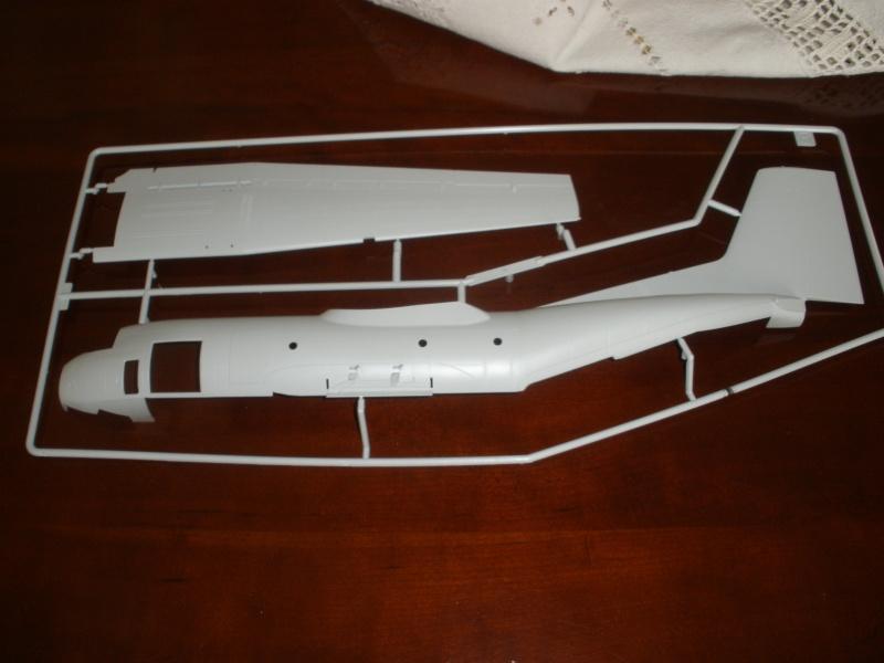 Revue de kit C-160 Transall Revell 1/72 P1020110