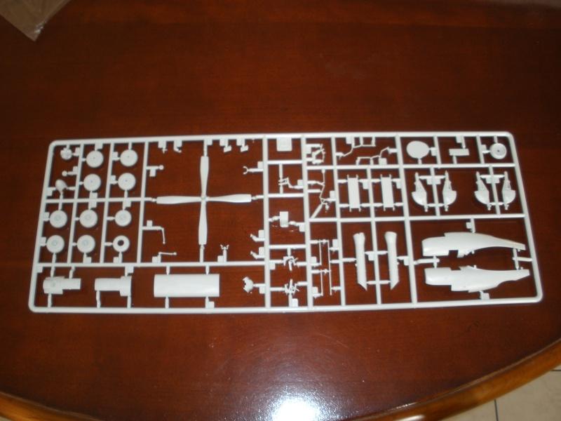 Revue de kit C-160 Transall Revell 1/72 P1020115