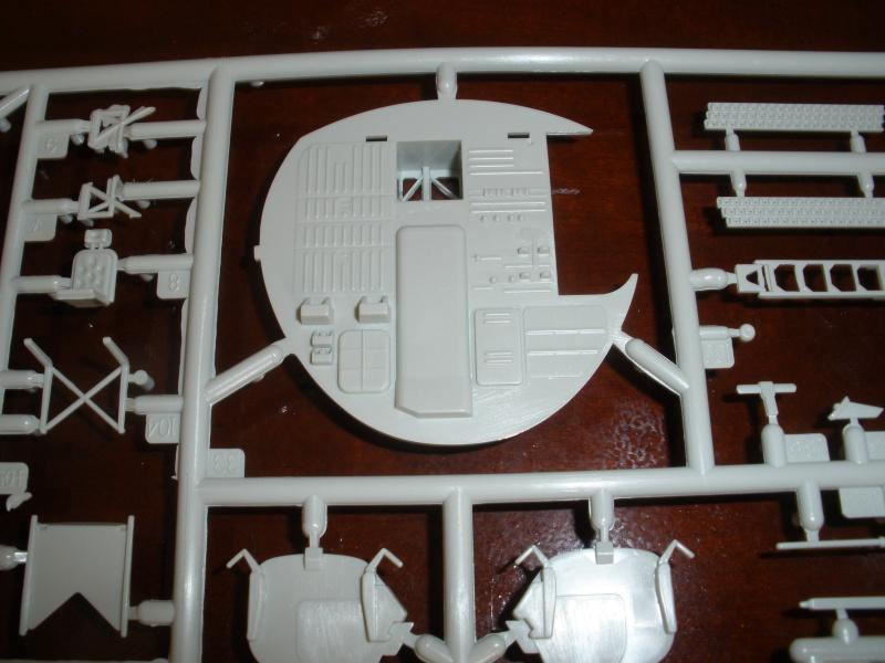 Revue de kit C-160 Transall Revell 1/72 P1020116
