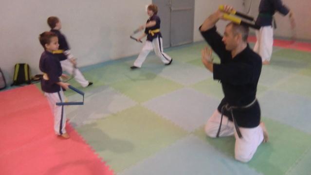 Stage et tournoi de nunchaku à Théza le samedi 26/01/2013 Cimg0611