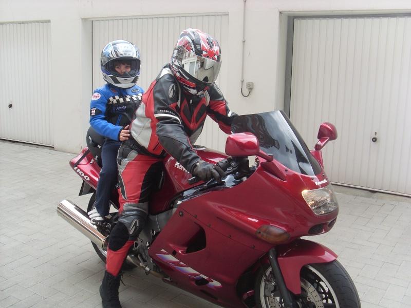 Vos anciennes motos - Page 2 Sl380511