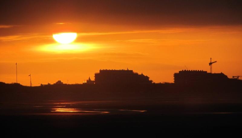 Couché de soleil à la mer Img_1710