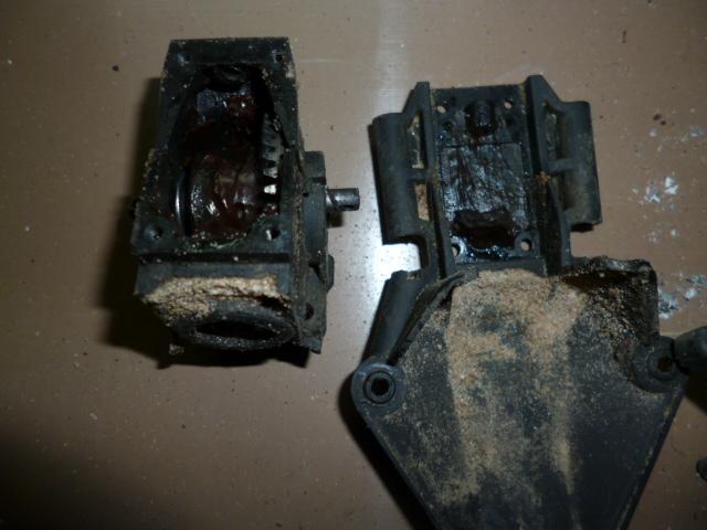 Slash/Stampede 4x4 - Tuto demontage diff arrière P1000326