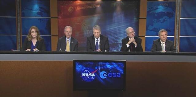 Collaboration vols habités NASA / ESA - Conférence le 16 janvier 2012 Capt_h14