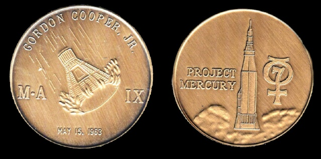 Les médailles commémoratives officielles de la NASA - Partie 1 / Programme Mercury Faith_10