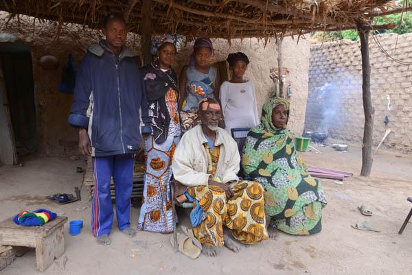 Crise Malienne - risque de partition - Page 4 F24-di13