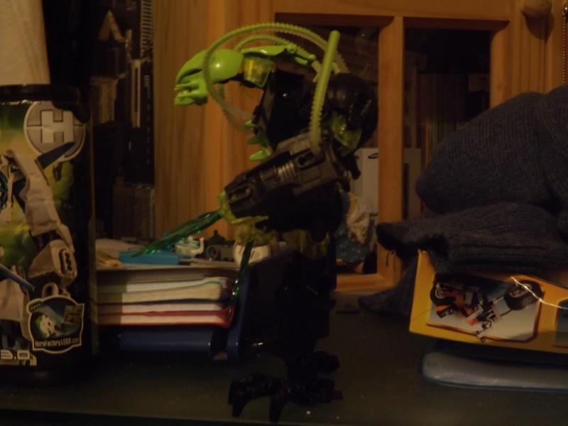 [MOC] Les mocs de Skrall789 (Nouveau Moc : MOCS BFGM : Akhatos - God of the Skull Spiders)  - Page 2 Dscf0211