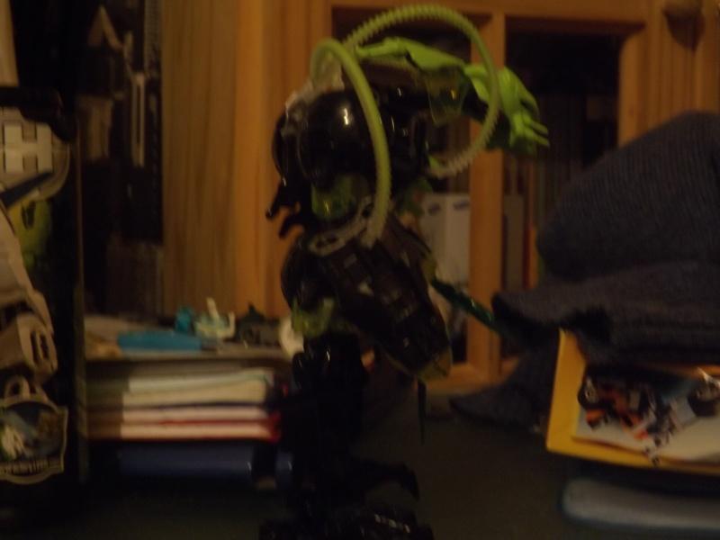 [MOC] Les mocs de Skrall789 (Nouveau Moc : MOCS BFGM : Akhatos - God of the Skull Spiders)  - Page 2 Dscf0213