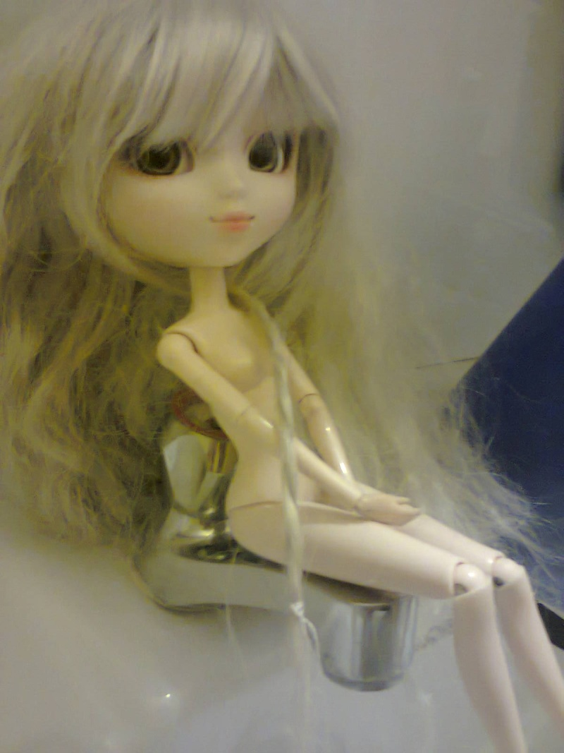 Les dolls de Haki  00210