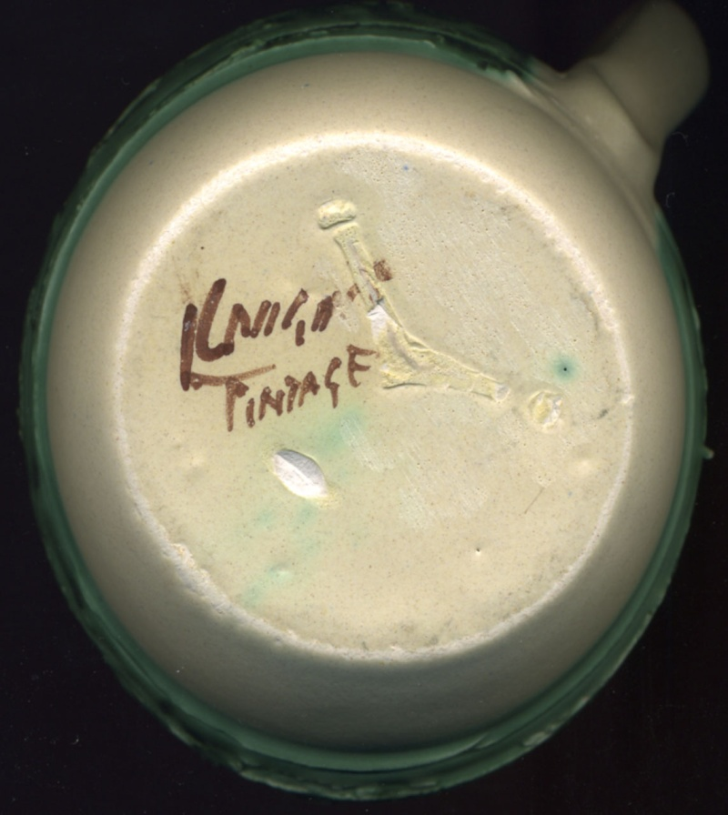 Knight's Pottery -  Tintagel  Tintag11