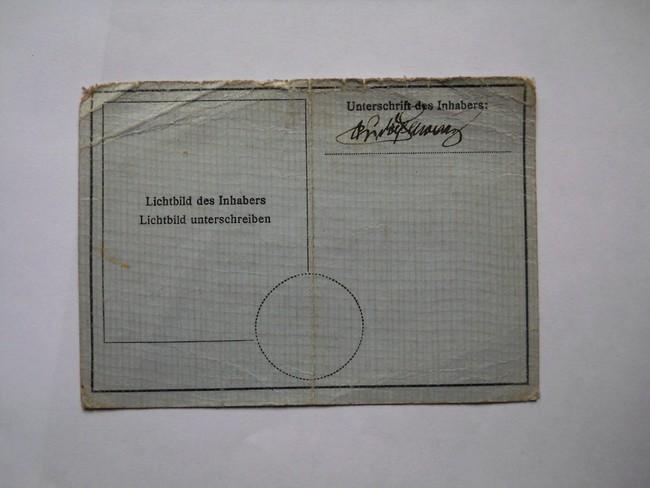 Identication papiers soldat Allemand Dscn5014