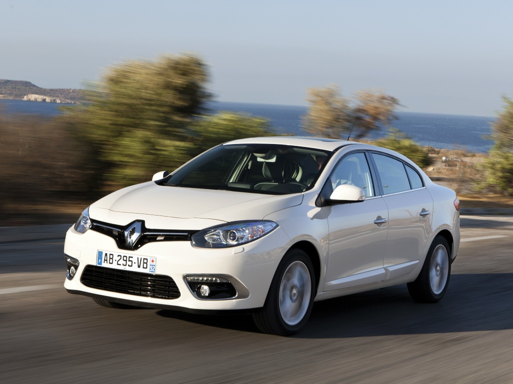 2012 - [Renault/Samsung] Fluence/SM3 Restylée [L38] - Page 10 Renaul11