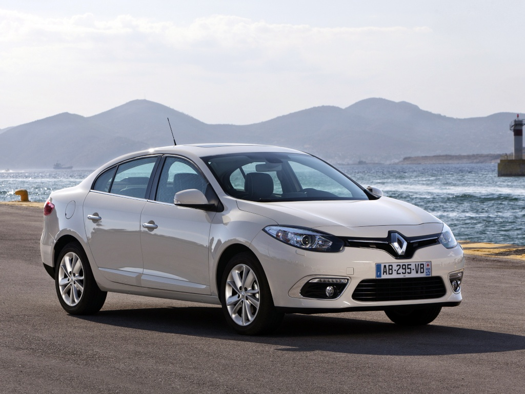 2012 - [Renault/Samsung] Fluence/SM3 Restylée [L38] - Page 10 Renaul12