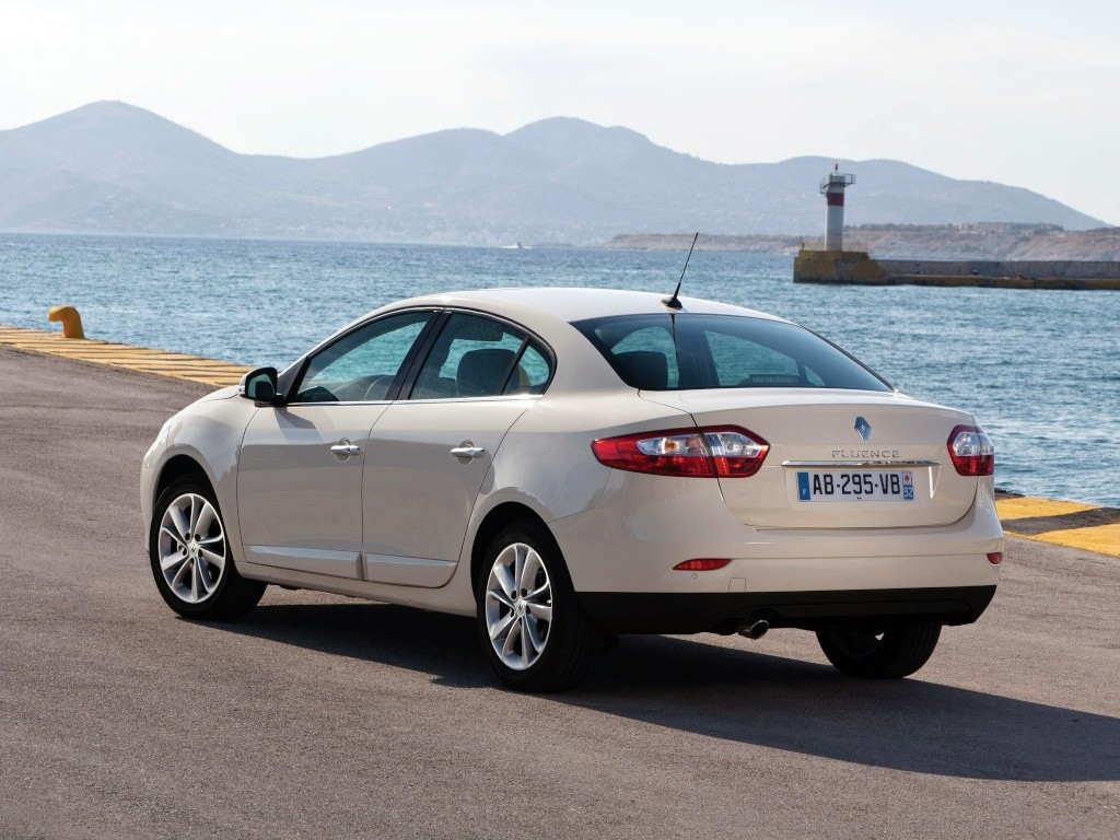 2012 - [Renault/Samsung] Fluence/SM3 Restylée [L38] - Page 10 Renaul13