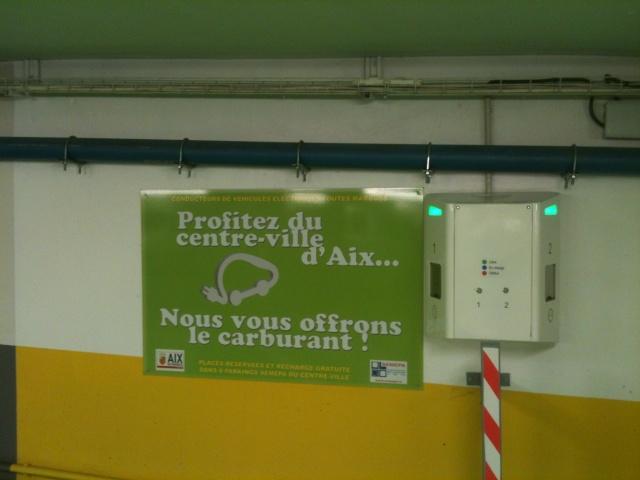 Les premières bornes installées en photo Aix_ca11