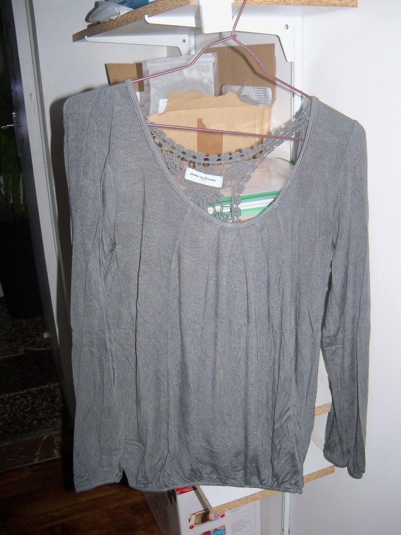 Vêtements et autres au profit de l'asso! 102_2618