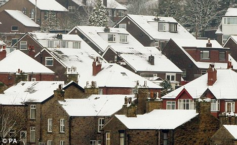 Winter worries: More than 300,000 UK pensioners have died of cold related illnesses since 1997-Nine-pensioners-died-cold-hour-winter-prices-soar Articl14